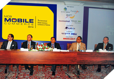 Mr. Hannes Van Rensburg (CEO Fundamo) & others at the 3rd international Mobile Commerce Conference.